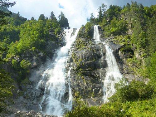 Водопад Нардис