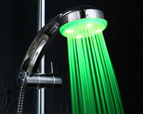 Как установить светодиодную насадку на душ самостоятельно